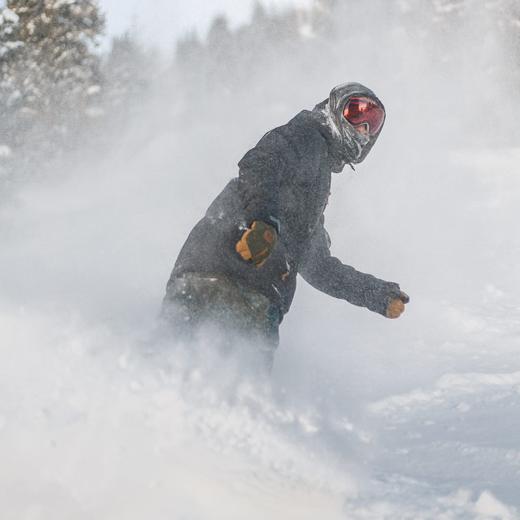 1124871c24fa For powder riding it s crucial that the nose of your snowboard stays on the  top of the snow. Depending on your snowboard this can be easier or harder  to ...